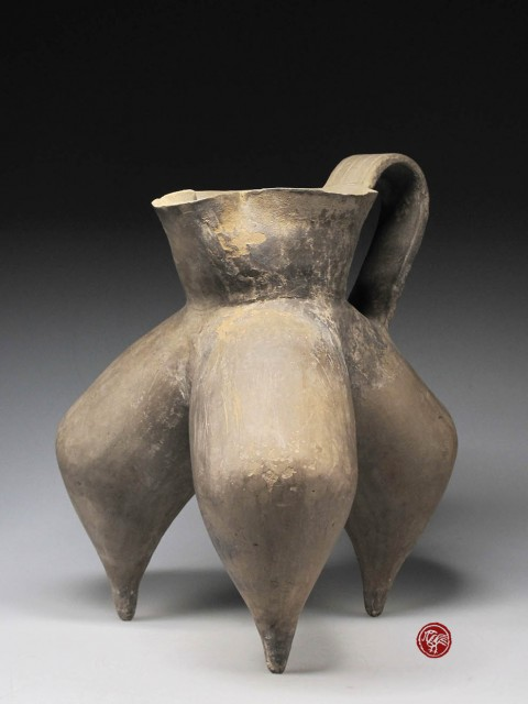 GREY POTTERY TRIPOD, GUI, OF LONGSHAN CULTURE