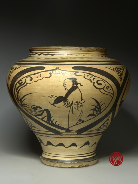A CIZHOU WARE JAR WITH PAINTED DECORATIONS