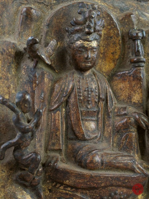 GiILT LACQUERED BRONZE PLAQUE FOR WORSHIP WITH BODHISATTVA IN RELIEF