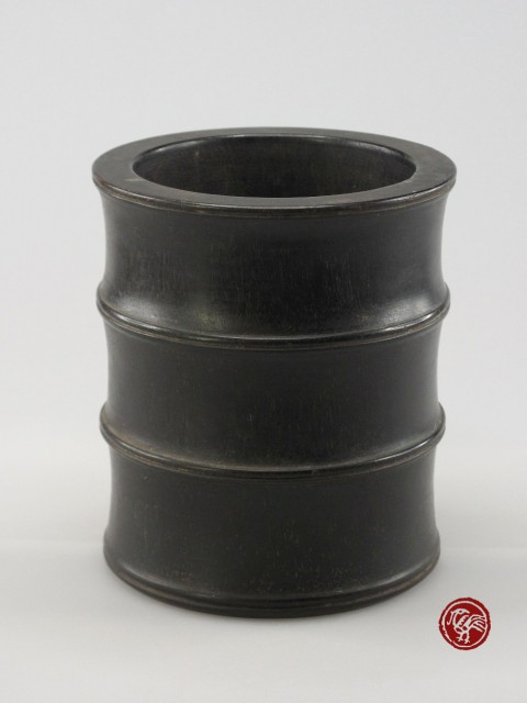 BRUSH POT MADE OF ZITAN WOOD IN BAMBOO FORM